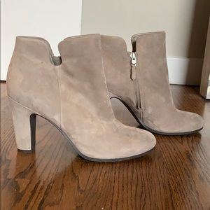 Sam Edelman Grey Suede boots size 9 - Never worn!